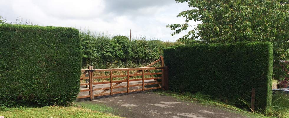 woodfield-wales-fencing-slider-3